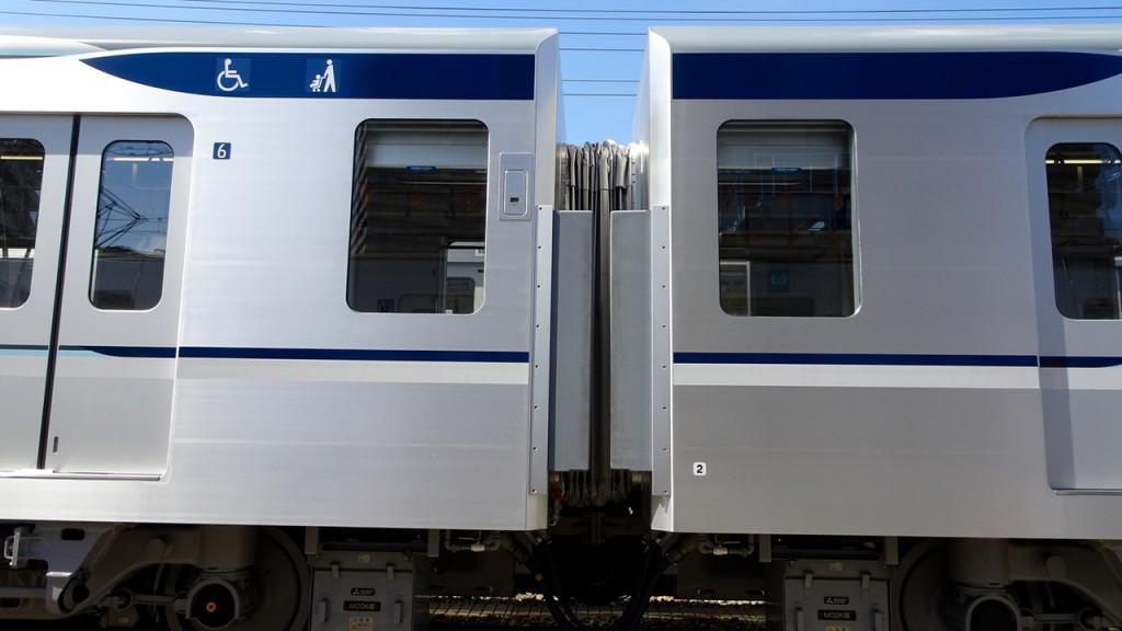 東京メトロ13000系