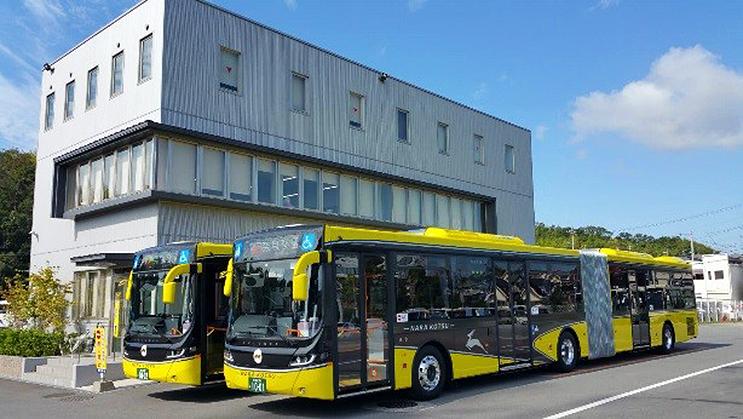 奈良交通、新しい連節バスは黄色...